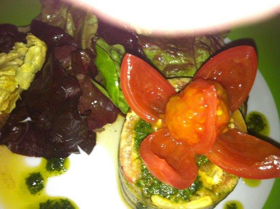 Fez Cafe at Le Jardin Des Biehn: Entrée : médaillon de courgettes