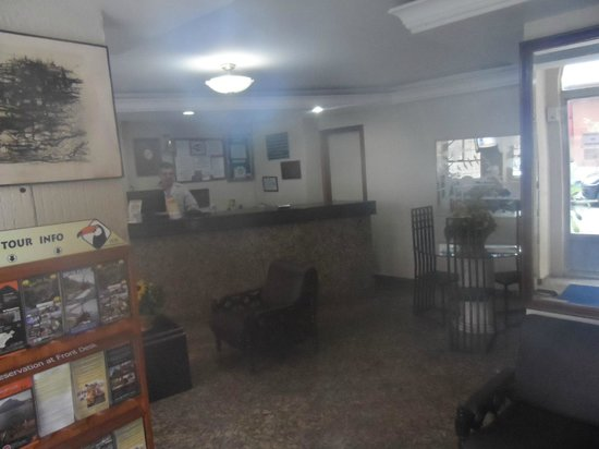 Hotel Caxambu:                   Reception Area