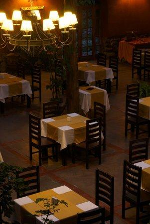 Eco Andina Hotel : Restaurant Ofrece  platos la calidad, postres deliciosos y un buffe