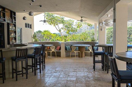 Hotel Laguna Mar:                                     Dining/bar area