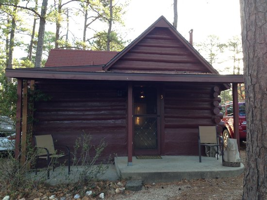 Tall Pines Inn:                   Cabin