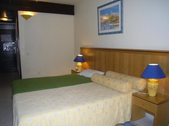 Auramar Beach Resort: Room