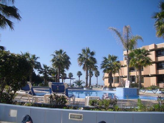 Auramar Beach Resort: Hotel grounds