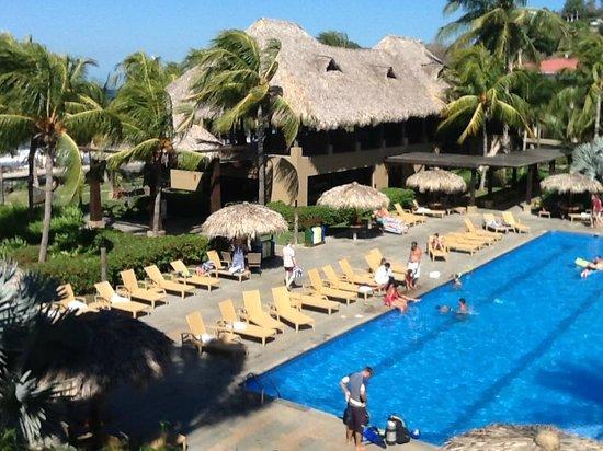 Flamingo Beach Resort And Spa: Desde el balcón de la habitación
