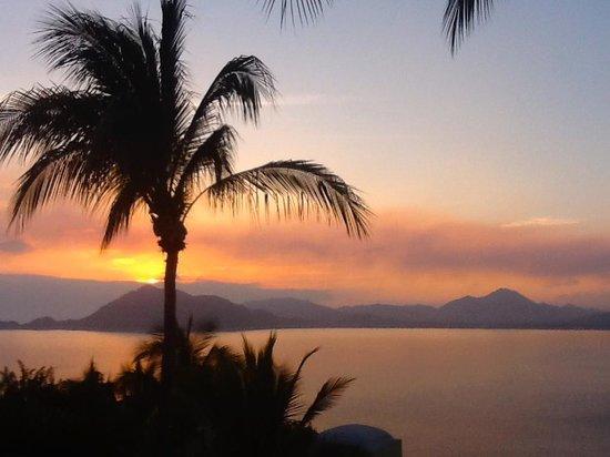 Villa Las Cumbres:                                     Amazing sunsets