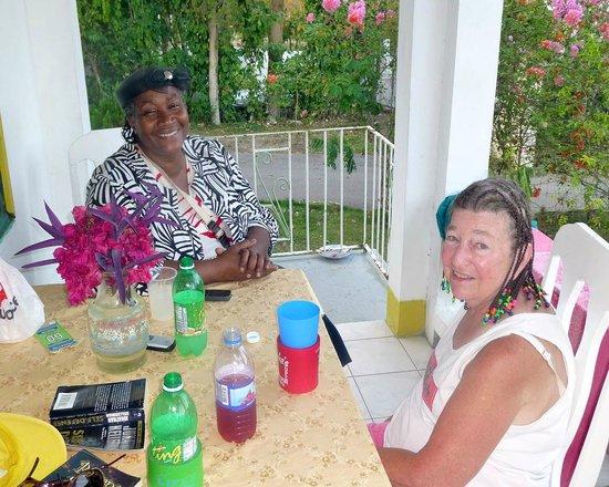 Villa La Cage: Rose & Elaine