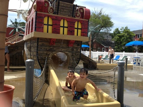 Francis Scott Key Family Resort:                                     Pirate Ship