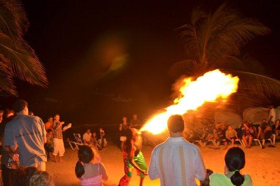 Beaches Ocho Rios Resort & Golf Club: Entertainment