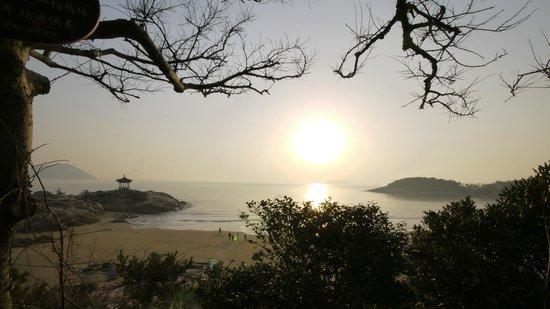 Zhoushan Putuo Liuheng Island : .