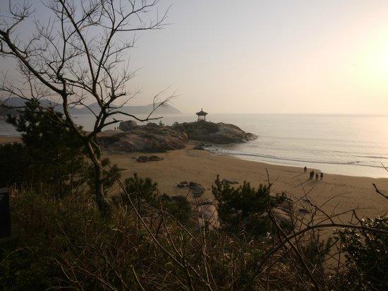Zhoushan Putuo Liuheng Island: .
