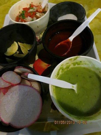 Taqueria Medina: salsas and sides