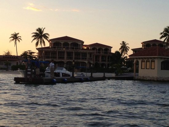 Coco Beach Resort:                   Arriving at sunset...