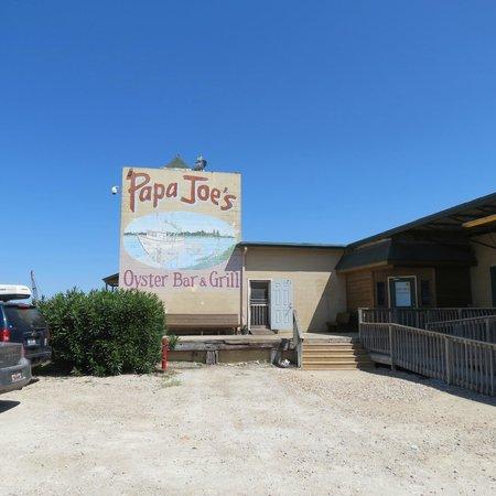 Papa Joe's Oyster Bar & Grill : Entrance