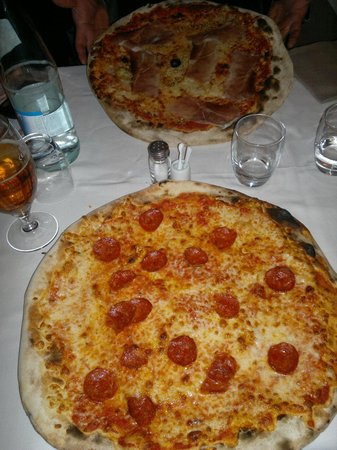 Carvico, Italy: pizza
