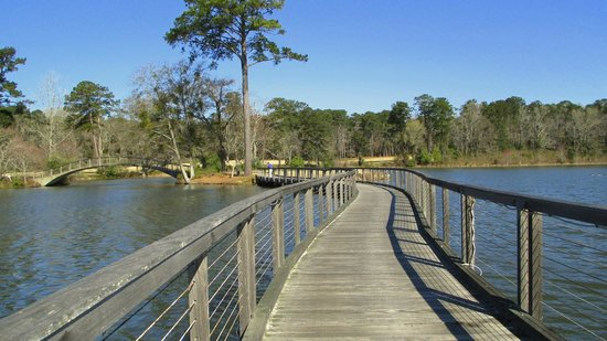 The Lodge and Spa at Callaway Resort & Gardens: bridges