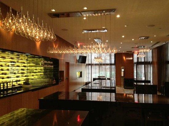 Andaz Wall Street: Andaz Bar