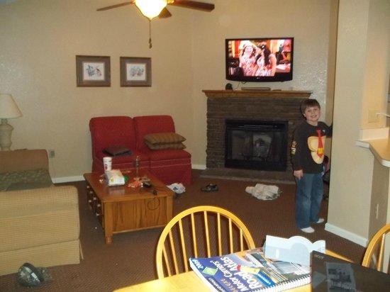 Laurel Crest:                   living area