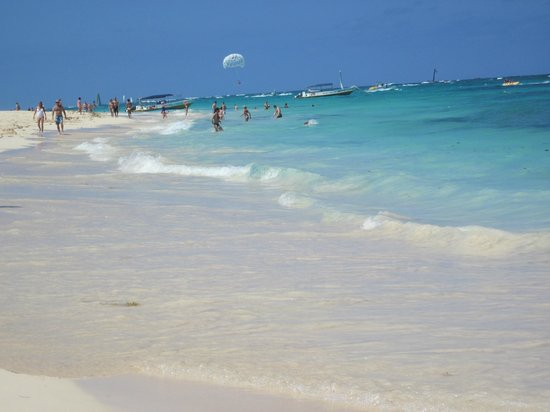 Iberostar Grand Hotel Bavaro:                                     the beach in front of the resort