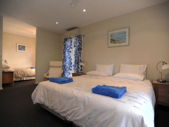 Kangaroo Island Garden Cottages: Garden Villa Bedroom