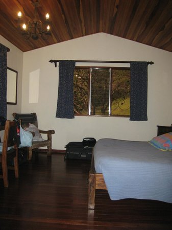 Arco Iris Lodge:                   Bedroom 1 of 2.