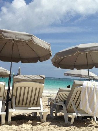 La Playa Orient Bay:                   l'Hoste beach