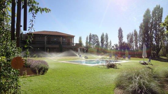 Villa Mansa Wine Hotel & Spa : Riego