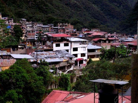 Pirwa Hostel Machu Picchu: Vista de Aguas Calientes