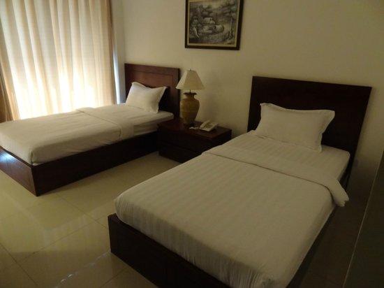 โรงแรมสบายดี แอท ลาว: Room