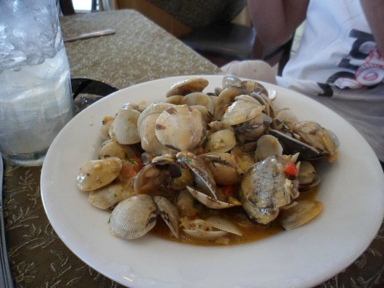 Amador Causeway: Clams ... Clams.. Oh Delious Clams