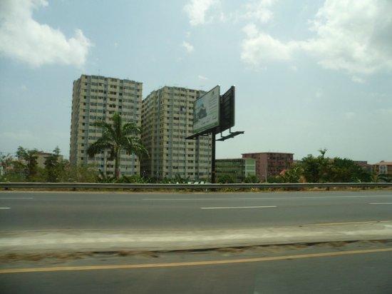 Καλθάδα ντε Αμαντόρ: Road to Causeway