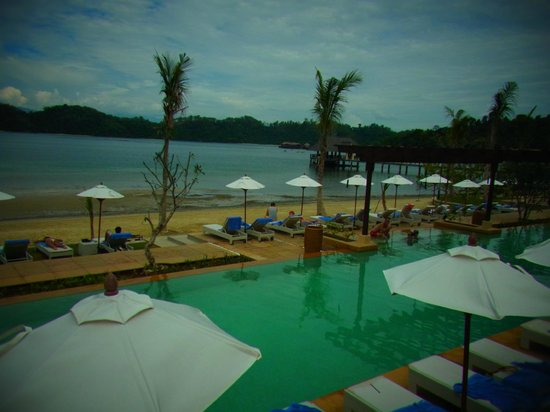 Gaya Island Resort:                   プール