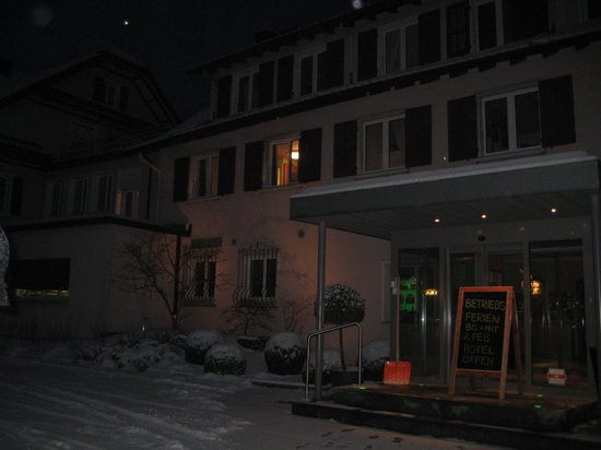 Hotel Balm Meggen:                   early morning