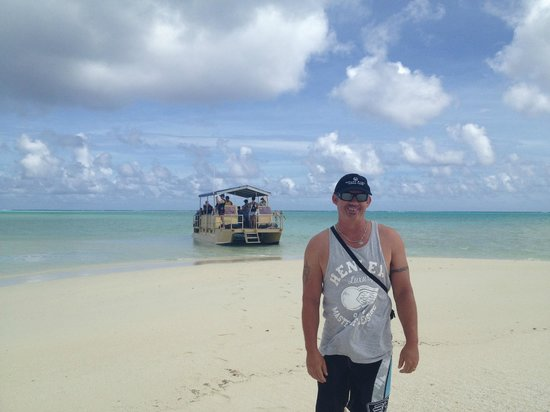 Aitutaki Adventures:                   Being left on Honeymoon Island...