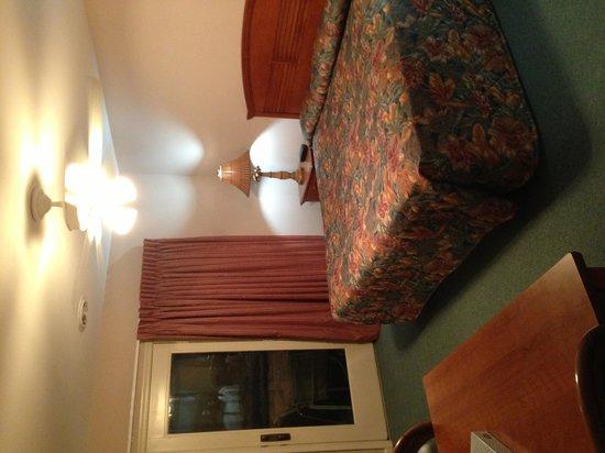 Club Ocean Villas II : Master Bedroom