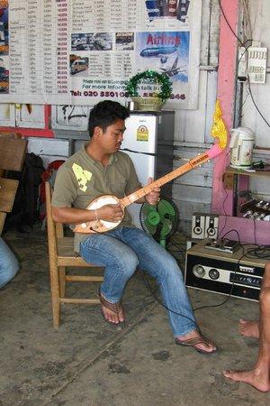 Adam's Rock climbing school: Adam playing very cool guitar