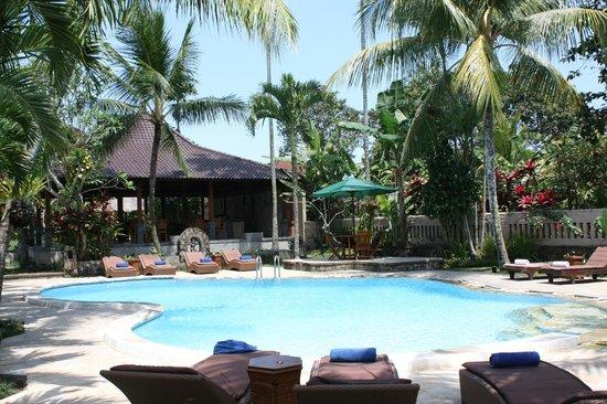 Saren Indah Hotel: Piscine