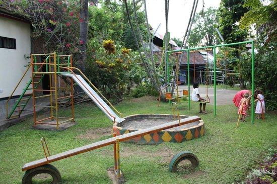 Rambutan Boutique Hotel: Aire de jeux extérieure