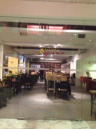 The Picasso Boutique Serviced Residences: the restaurant in the hotel