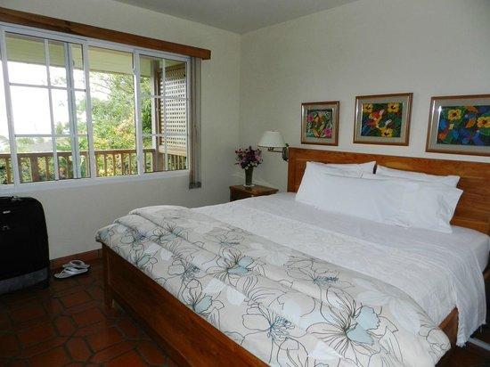 La Montana y el Valle Coffee Estate Inn: Bedroom in bungalow 1