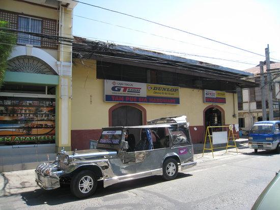HEM Apartelle:                   Shop on the right side of HEM's