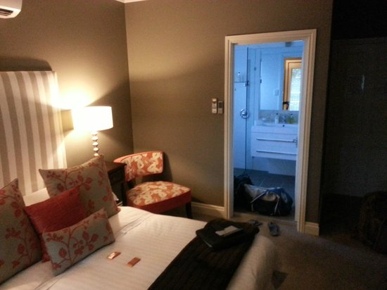 The Collingwood:                   Room with chocolates on arrival