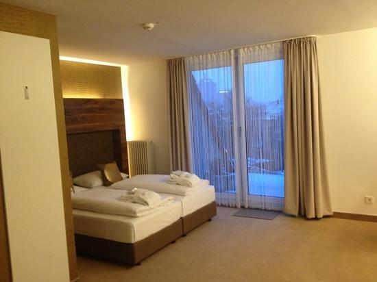 Hotel Conti Duisburg:                   standard bedroom on 5th floor