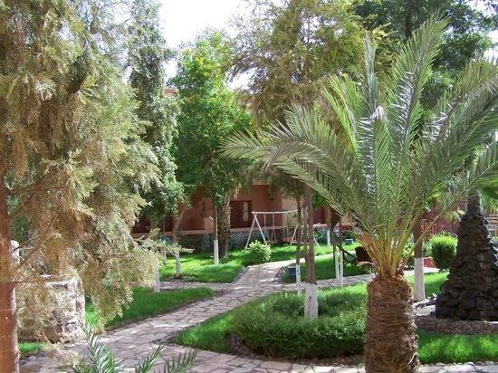 Hotel Le Fint : le petit parc