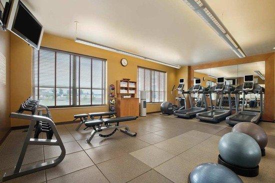 Hilton Madison Monona Terrace: Fitness Center