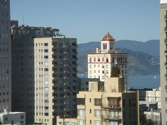 InterContinental Mark Hopkins San Francisco: View from my room (zoomed 5 times larger)