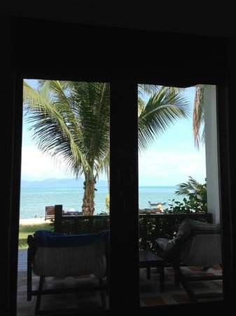 Baan Bophut Beach Hotel :                   the view from the bed in room 4 :)