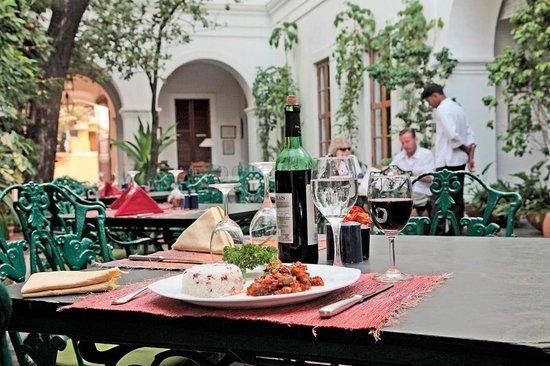 Neemrana's Carte Blanche : Wine at Carte Blanche, Hotel de l'Orient