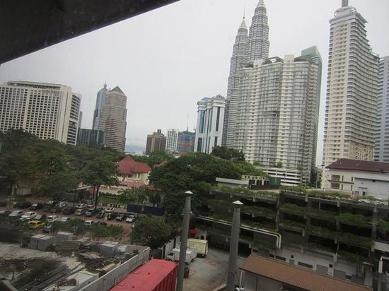 Concorde Hotel Kuala Lumpur:                   view of twin towers from room