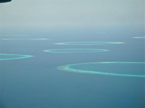 Kuramathi Island Resort: serie di atolli