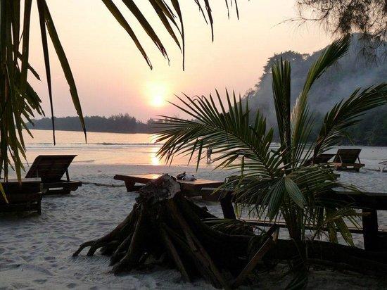 Neverland Beach Resort :                   sunset